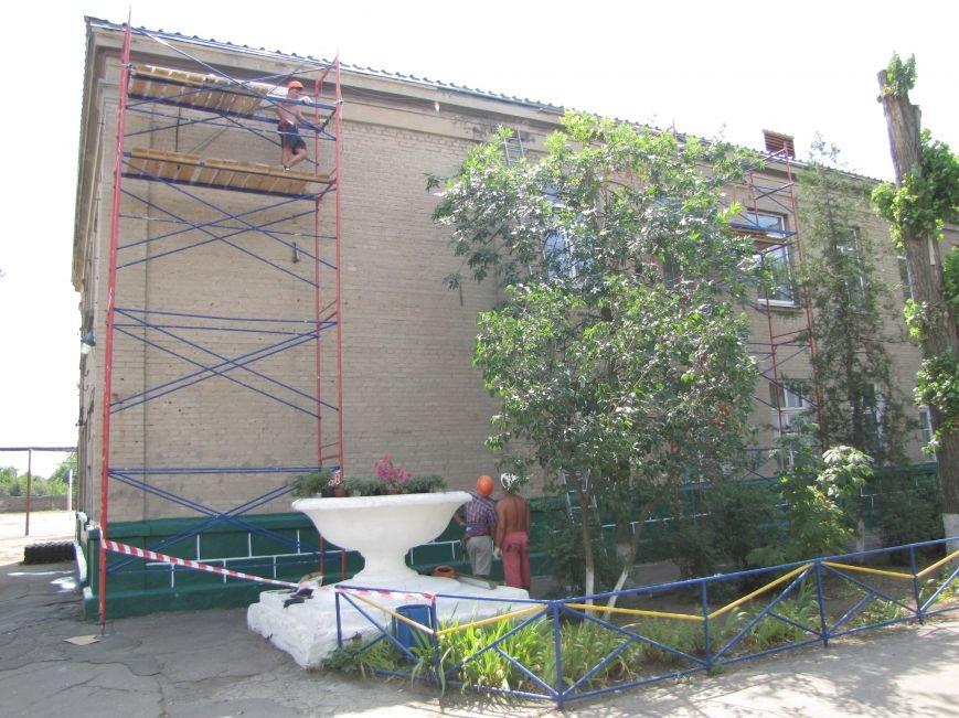Старейшую школу в Мелитополе ремонтируют за миллион, фото-2