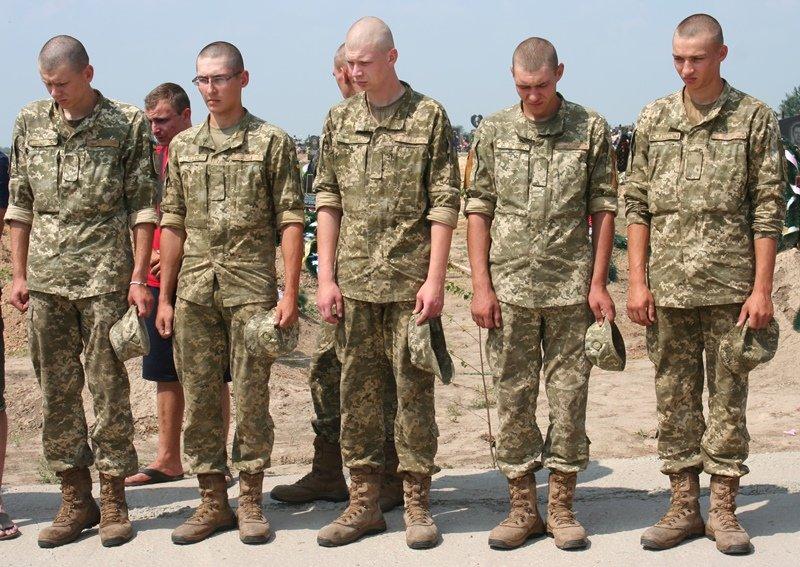 В Запорожье простились с 30-летним десантником, который погиб в АТО, - ФОТО, фото-6
