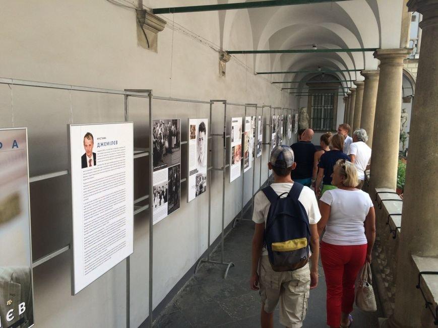В Італійському дворику можна подивитися виставку про Муставу Джемільєва (ФОТО), фото-1
