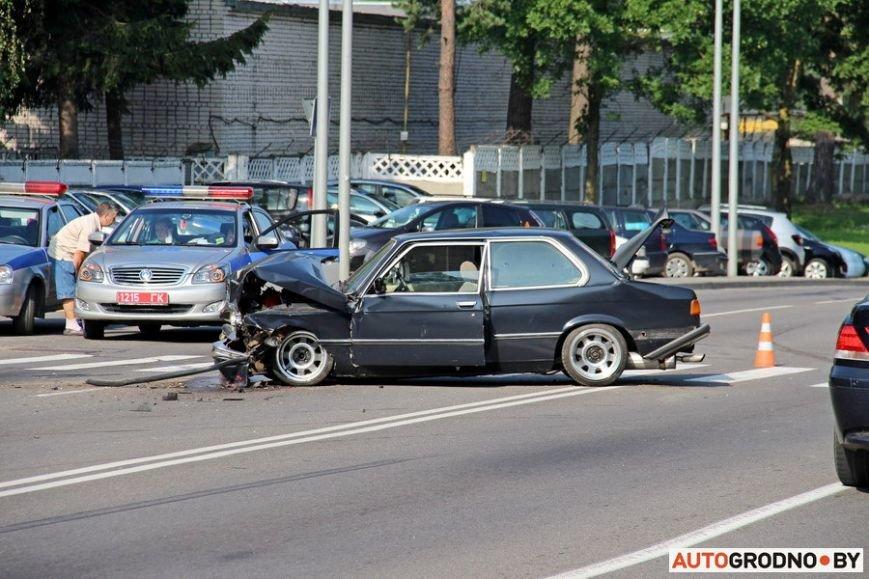 BMW-E21-03