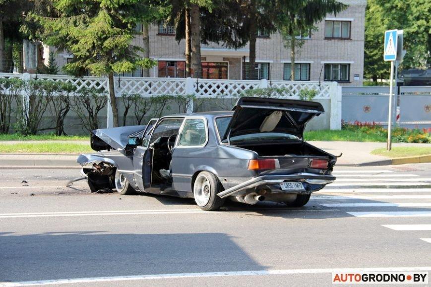 BMW-E21-04