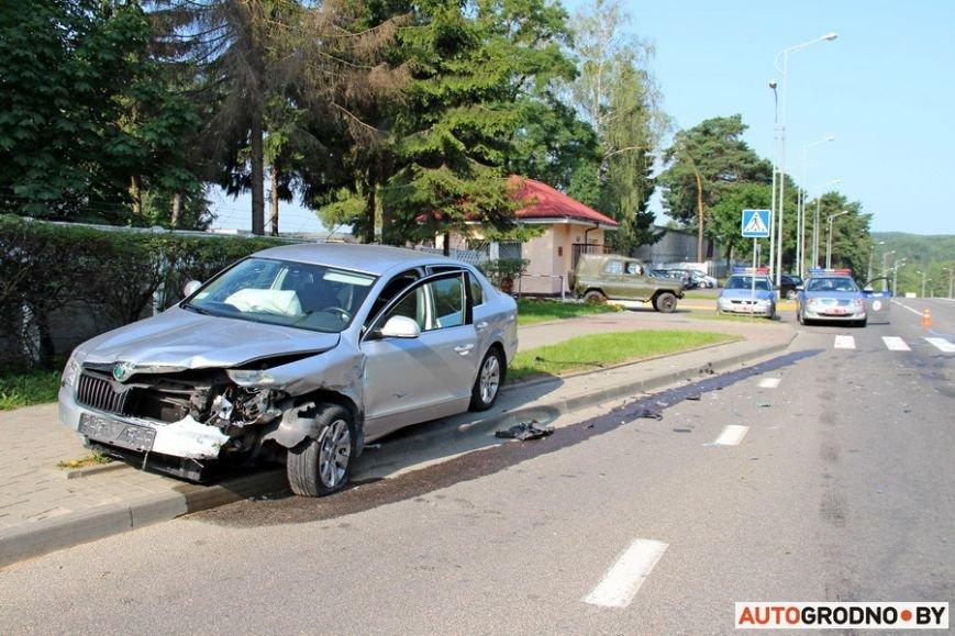 BMW-E21-11