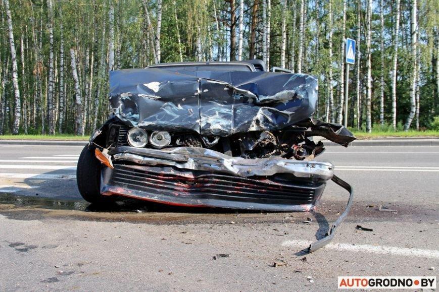 BMW-E21-08