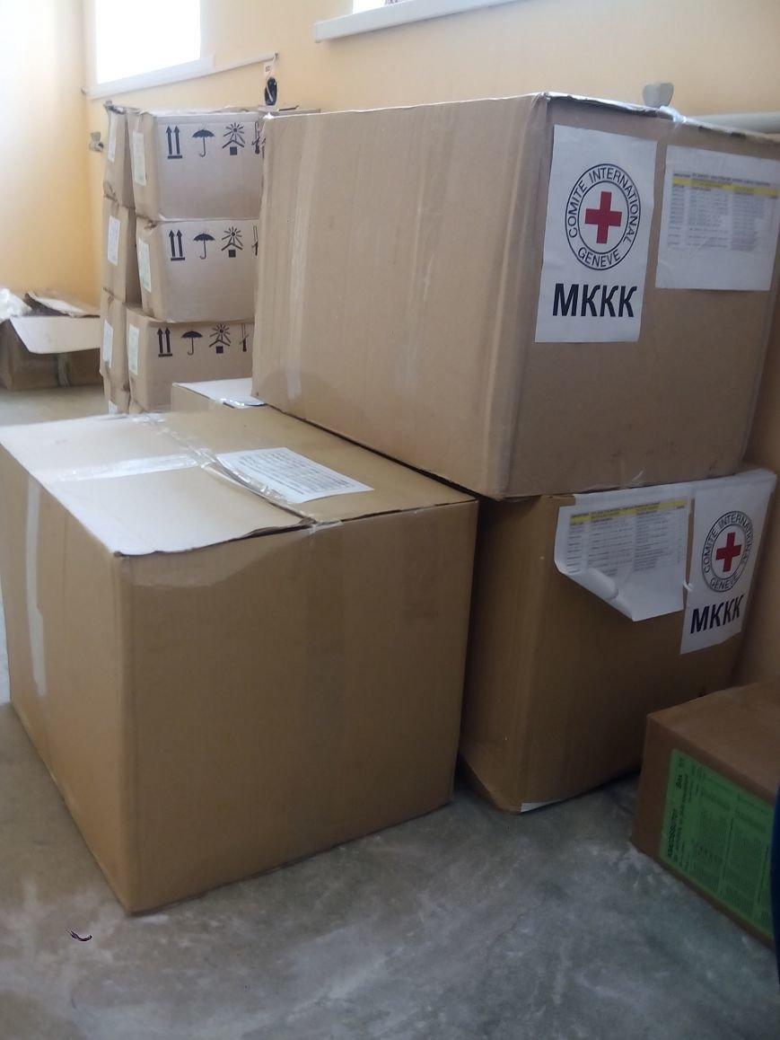 Бахмутская ЦРБ получила гуманитарную помощь, фото-2