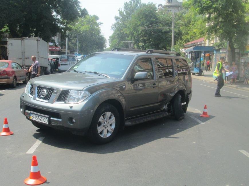 Центр Одессы застыл в пробке из-за аварии на Екатерининской (ФОТО), фото-2