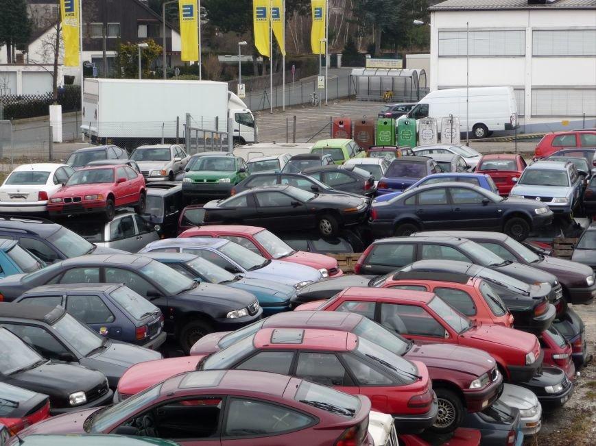 Сумне видовище: звалище автомобілів старше 10 років у Німеччині (ФОТО), фото-3