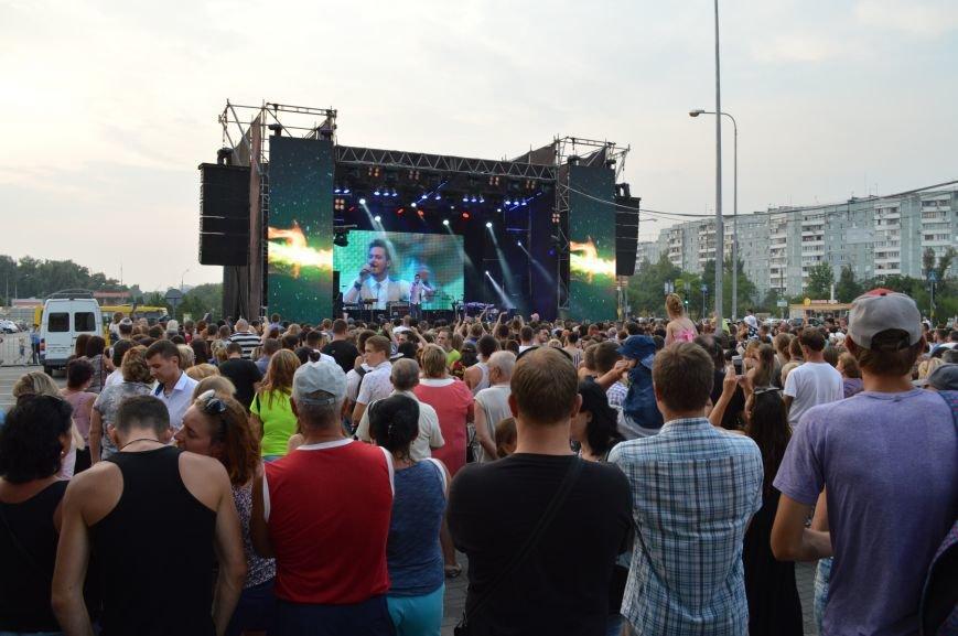 "Сотни запорожцев собрались посмотреть концерт участников ""Х-фактора"" (ФОТО), фото-6"