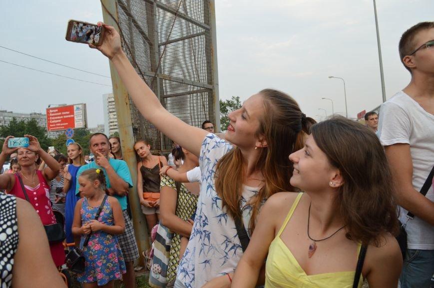 "Сотни запорожцев собрались посмотреть концерт участников ""Х-фактора"" (ФОТО), фото-5"