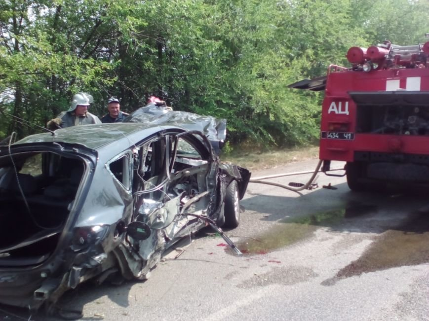 В аварии под Запорожьем погибли два человека (ФОТО), фото-1