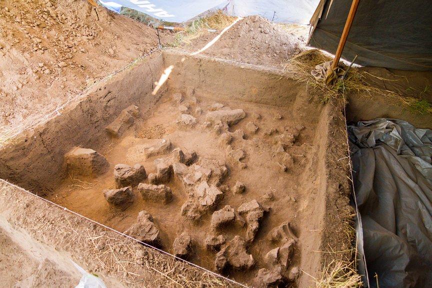 На Хортице проводят раскопки древнего культового комплекса, - ФОТОРЕПОРТАЖ, фото-11