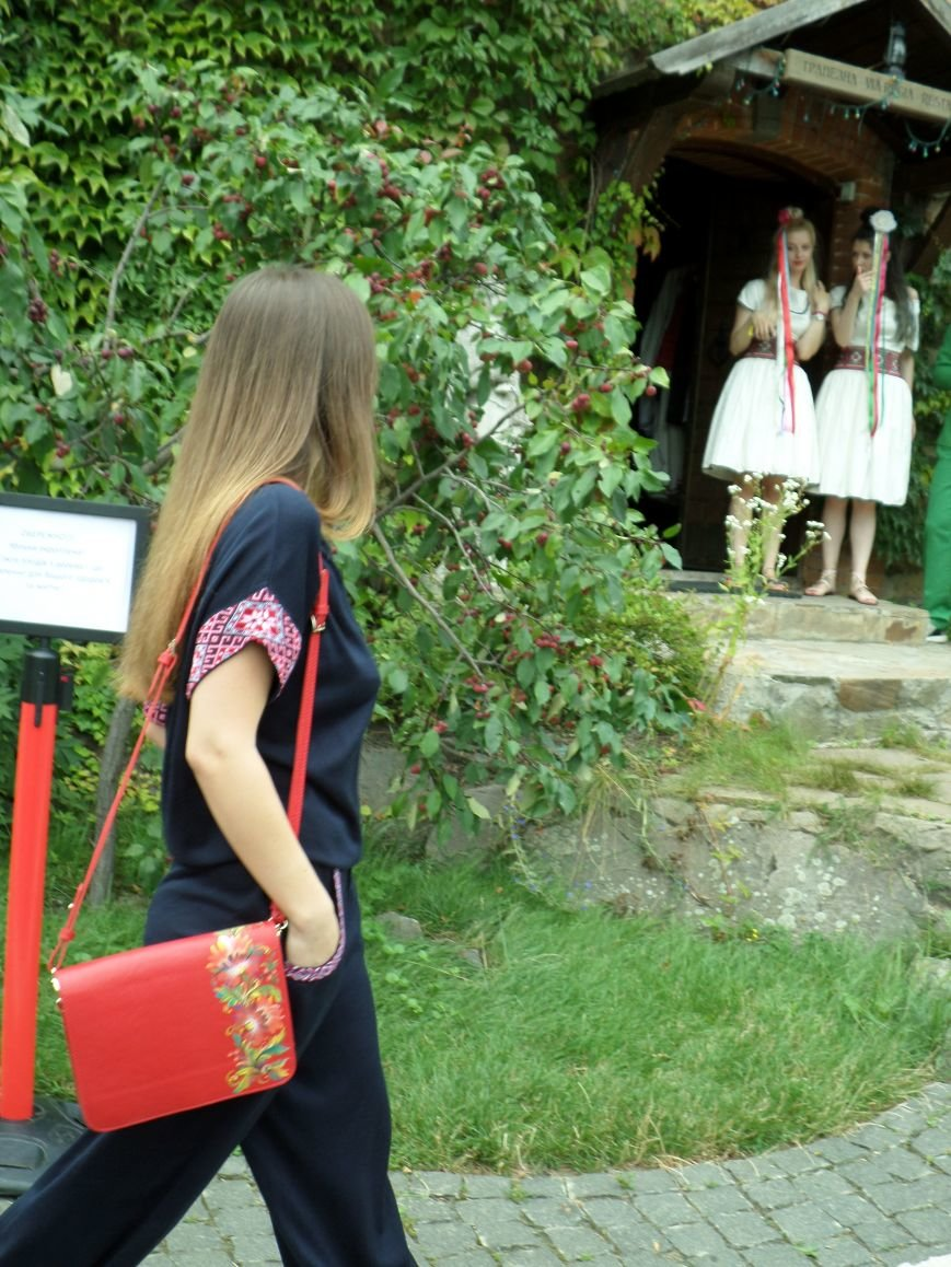 У Радомишлі відбувся Всеукраїнський фестиваль етнічного вбрання, фото-3