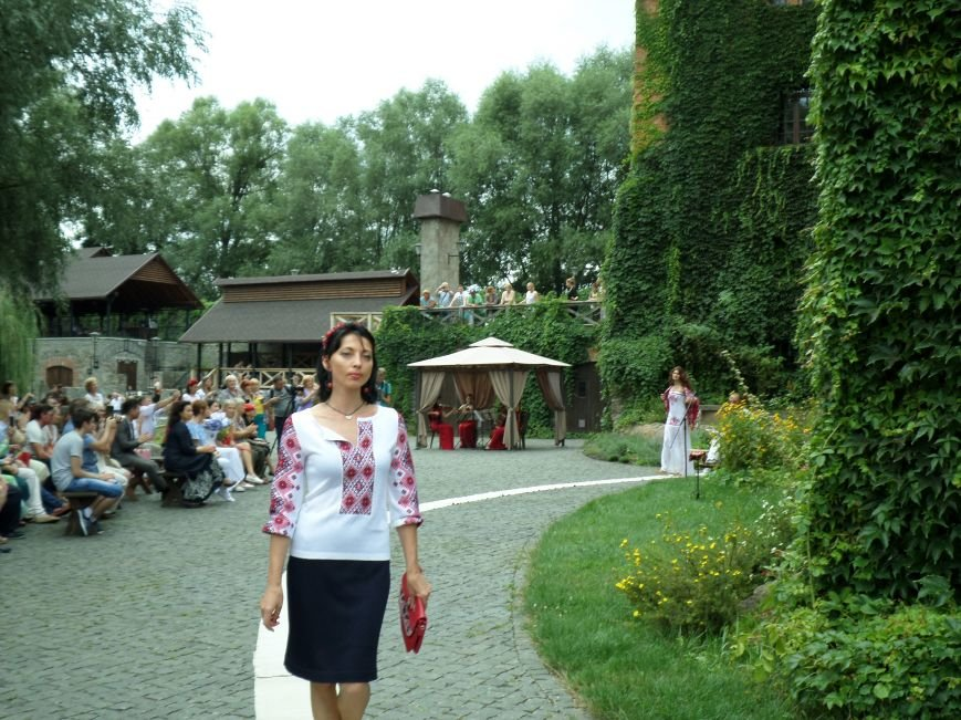 У Радомишлі відбувся Всеукраїнський фестиваль етнічного вбрання, фото-1