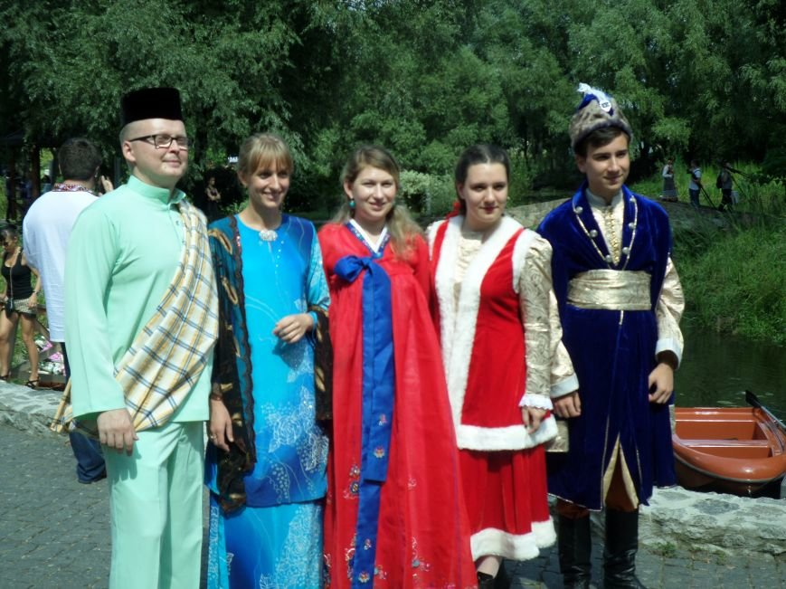 У Радомишлі відбувся Всеукраїнський фестиваль етнічного вбрання, фото-13
