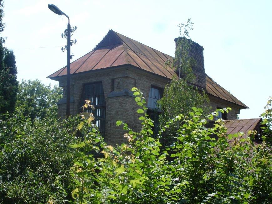 Будинок з привидами на березі Росі, фото-2