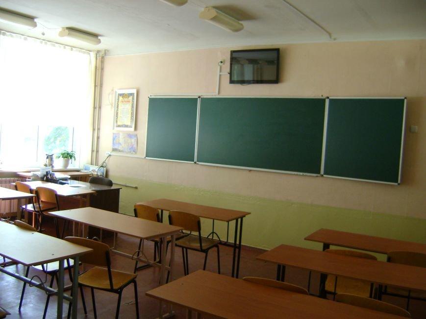 В Краматорске  подготовка школ к учебному году в полном разгаре, фото-1
