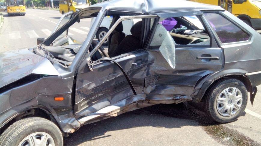 В Кропивницком произошло серьезное ДТП, пострадали люди (ФОТО), фото-7