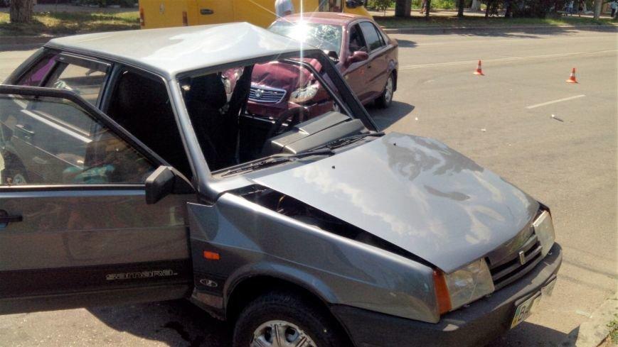 В Кропивницком произошло серьезное ДТП, пострадали люди (ФОТО), фото-6