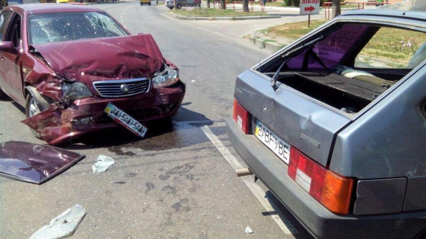 В Кропивницком произошло серьезное ДТП, пострадали люди (ФОТО), фото-10