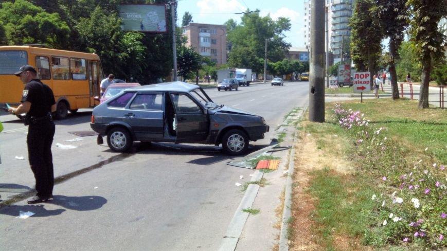 В Кропивницком произошло серьезное ДТП, пострадали люди (ФОТО), фото-3