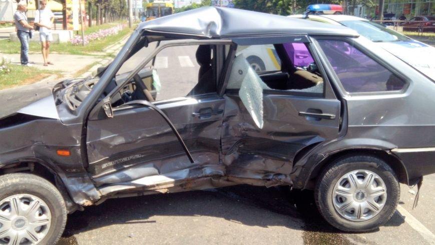 В Кропивницком произошло серьезное ДТП, пострадали люди (ФОТО), фото-8