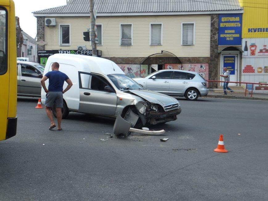 В Кропивницком произошло ДТП с участием маршрутки (ФОТО), фото-5