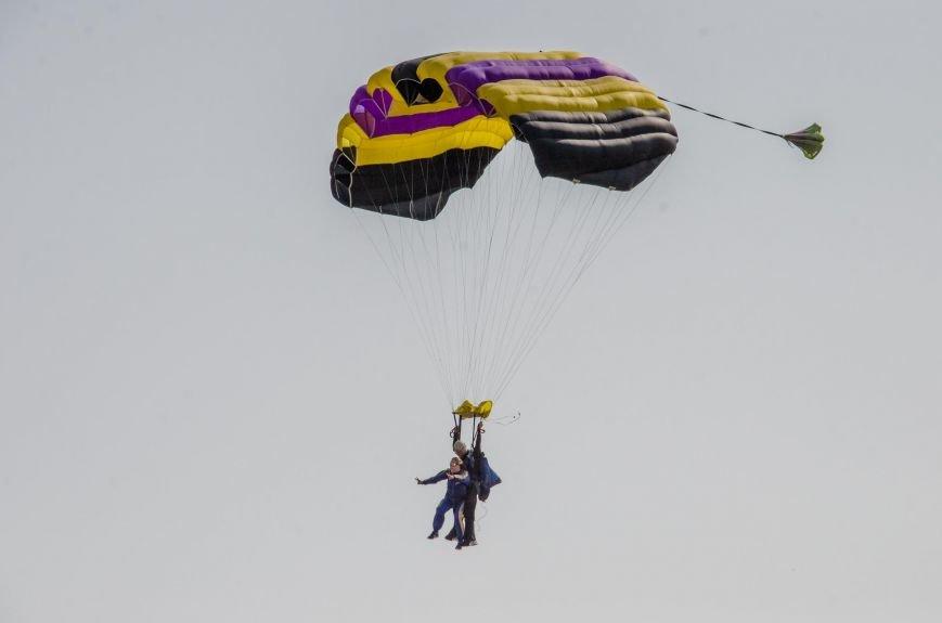 Бойцы, получившие тяжелейшие ранения в АТО, впервые прыгнули с парашютом (ФОТО), фото-18