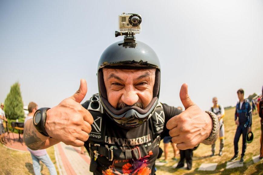 Бойцы, получившие тяжелейшие ранения в АТО, впервые прыгнули с парашютом (ФОТО), фото-12