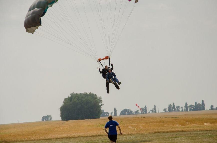Бойцы, получившие тяжелейшие ранения в АТО, впервые прыгнули с парашютом (ФОТО), фото-27