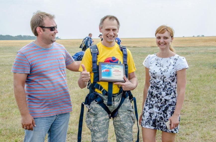 Бойцы, получившие тяжелейшие ранения в АТО, впервые прыгнули с парашютом (ФОТО), фото-10