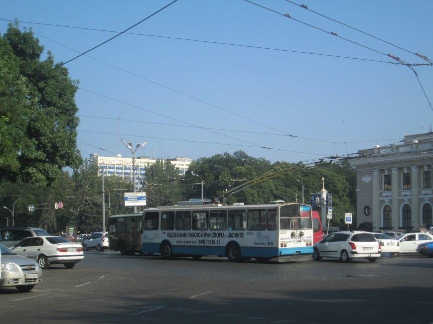 В центре Одессы не курсируют троллейбусы (ФОТО), фото-6