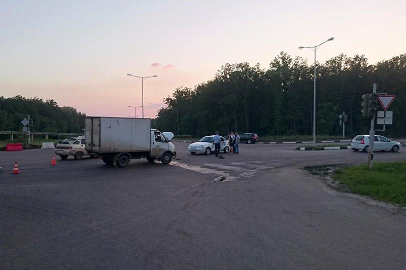Воронежец устроил ДТП в Белгородской области, фото-2