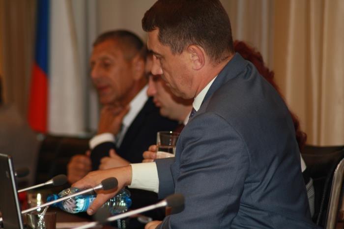 В Южно-Сахалинске вопрос о проведении референдума остался открытым, фото-1