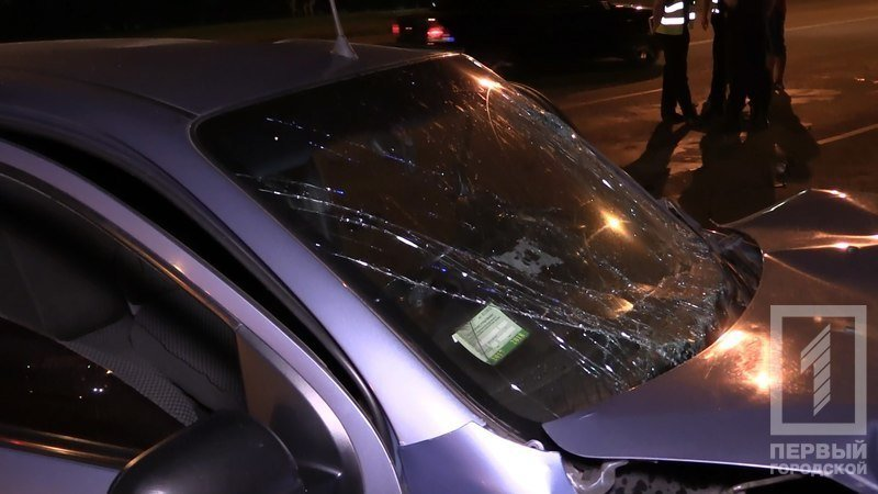 """В Кривом Роге столкнулись две иномарки - из разбитого вдребезги """"Chevrolet"""" водителя доставали спасатели (ФОТО), фото-6"""