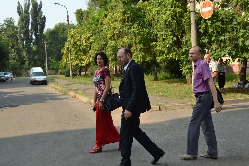 Суд обязал депутата Юлия Морозова не выезжать из Кривого Рога и ограничил в праве управления автомобилем (ФОТО), фото-4