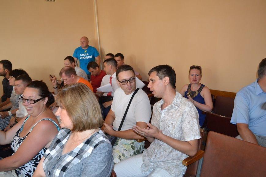 Суд обязал депутата Юлия Морозова не выезжать из Кривого Рога и ограничил в праве управления автомобилем (ФОТО), фото-12