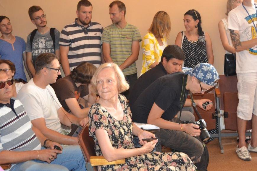 Суд обязал депутата Юлия Морозова не выезжать из Кривого Рога и ограничил в праве управления автомобилем (ФОТО), фото-16