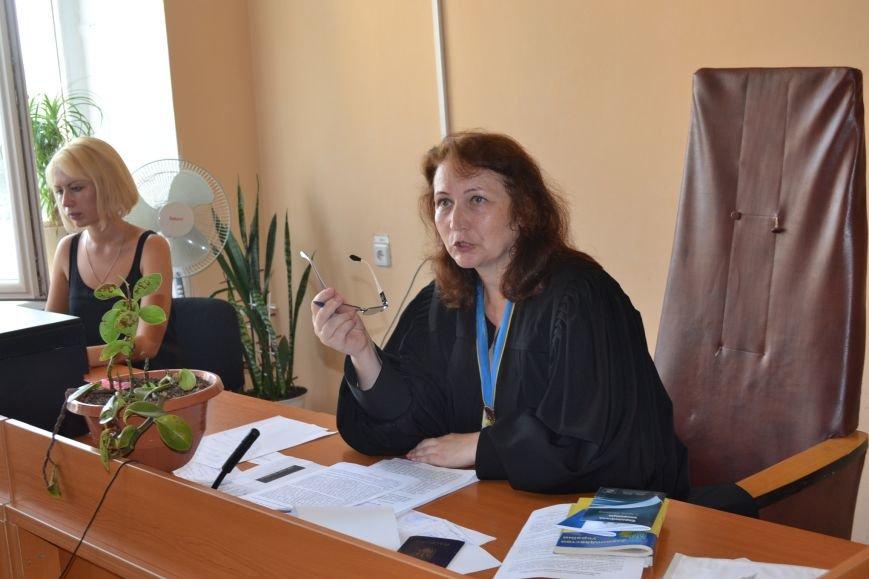 Суд обязал депутата Юлия Морозова не выезжать из Кривого Рога и ограничил в праве управления автомобилем (ФОТО), фото-18