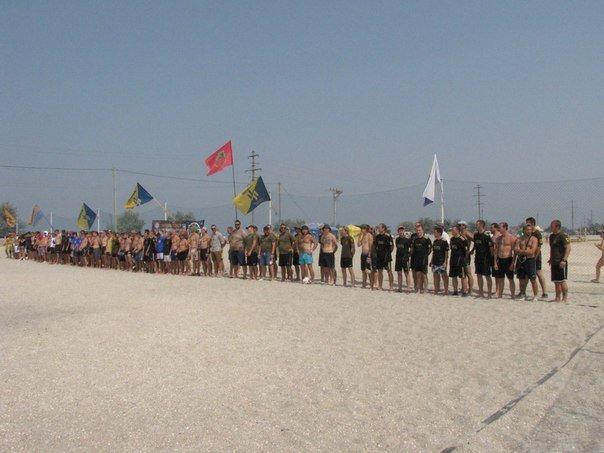 В память о погибшем бойце полка «Азов» из Бердянска его побратимы провели турнир по пляжному футболу, фото-4
