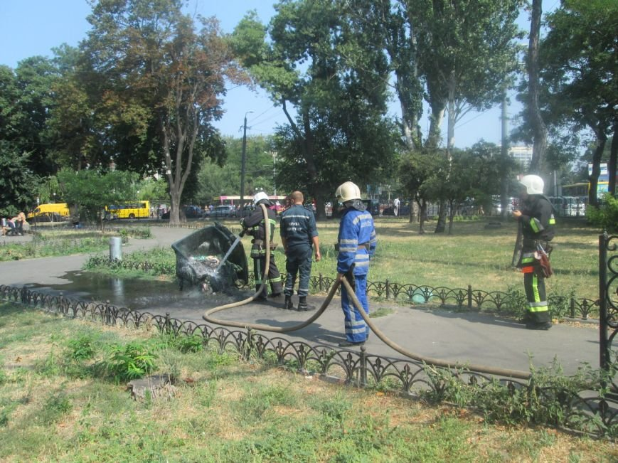 Недобросовестные люди заставили одесских пожарных попотеть (ФОТО), фото-4