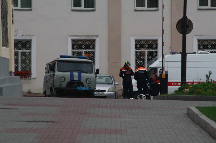 Администрацию Южно-Сахалинска опять эвакуировали из здания, фото-1