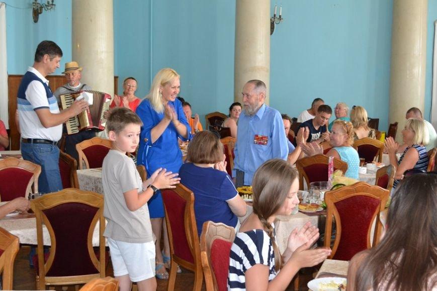 В южнобережном санатории «Родина» поздравляли гостя из Москвы с 99 летием, фото-1
