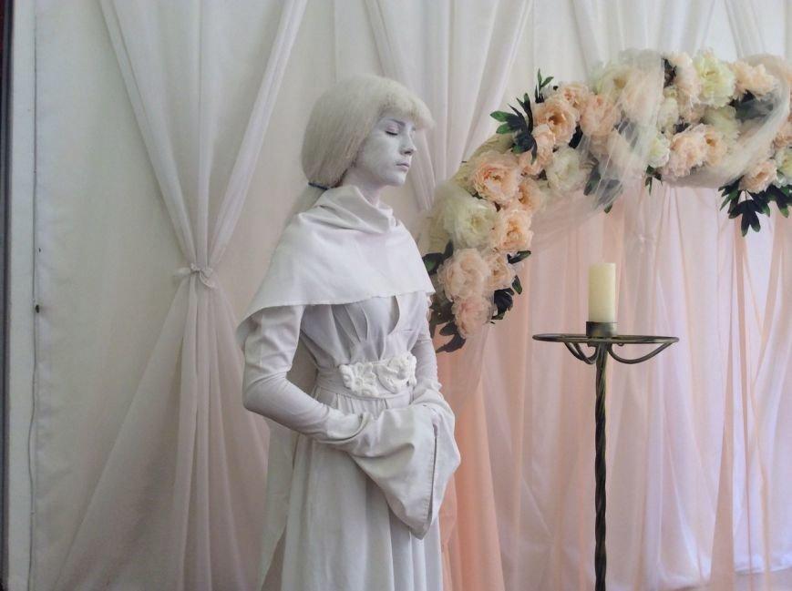Мариуполь превратился в Лас-Вегас: состоялась самая массовая и скорая свадьба года (ФОТО+ВИДЕО), фото-4