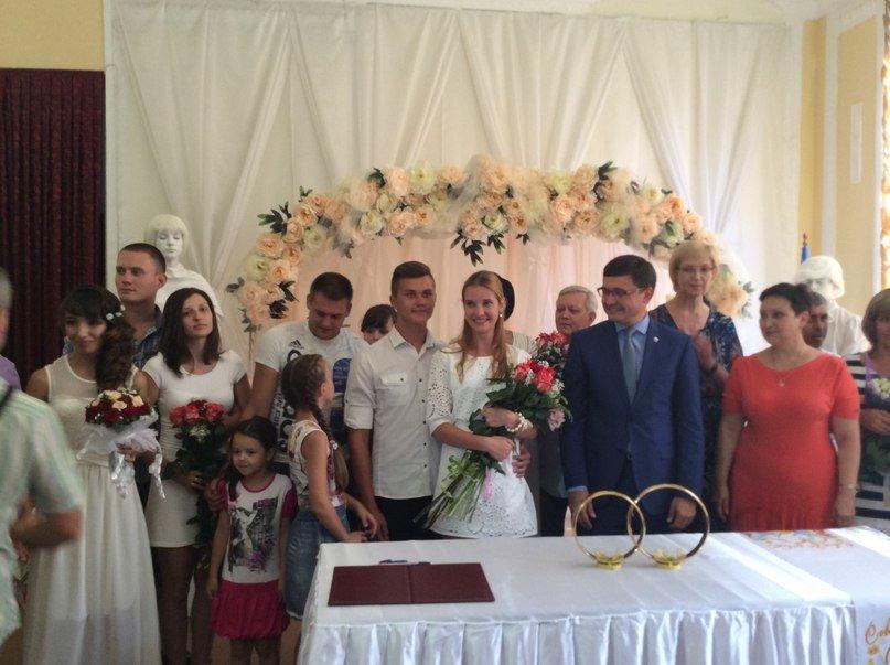 Мариуполь превратился в Лас-Вегас: состоялась самая массовая и скорая свадьба года (ФОТО+ВИДЕО), фото-14