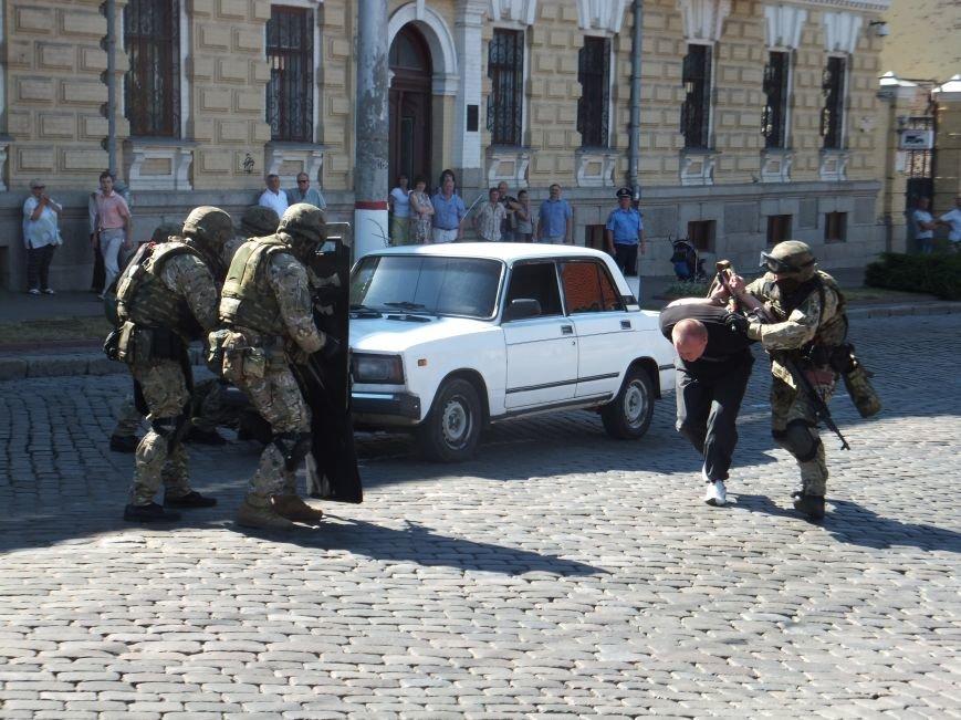 В центре Кропивницкого произошла перестрелка (ФОТО, ВИДЕО), фото-3