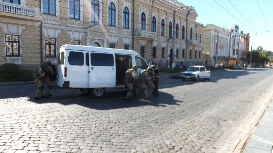 В центре Кропивницкого произошла перестрелка (ФОТО, ВИДЕО), фото-1