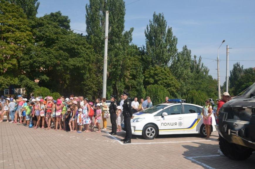 В Мариуполе отмечают первую годовщину Национальной полиции Украины (ФОТО+ВИДЕО), фото-13