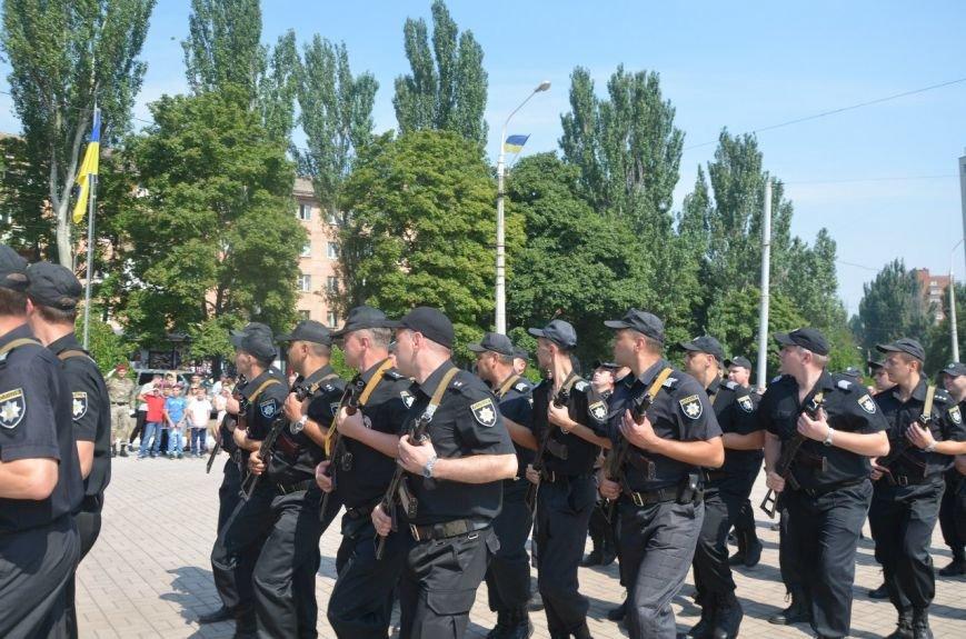 В Мариуполе отмечают первую годовщину Национальной полиции Украины (ФОТО+ВИДЕО), фото-24