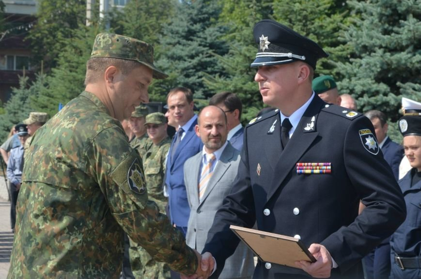 В Мариуполе отмечают первую годовщину Национальной полиции Украины (ФОТО+ВИДЕО), фото-8