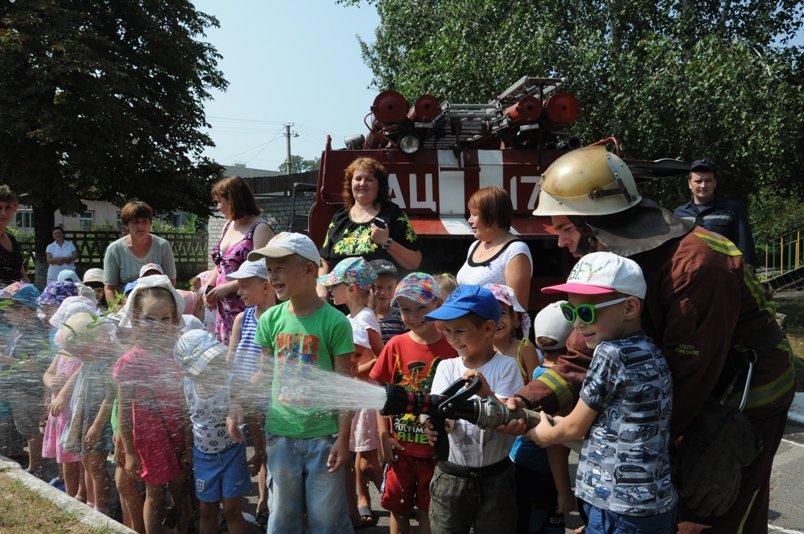 В Светловодске спасатели пригласили воспитанников детского сада в безопасное путешествие. ФОТО, фото-3