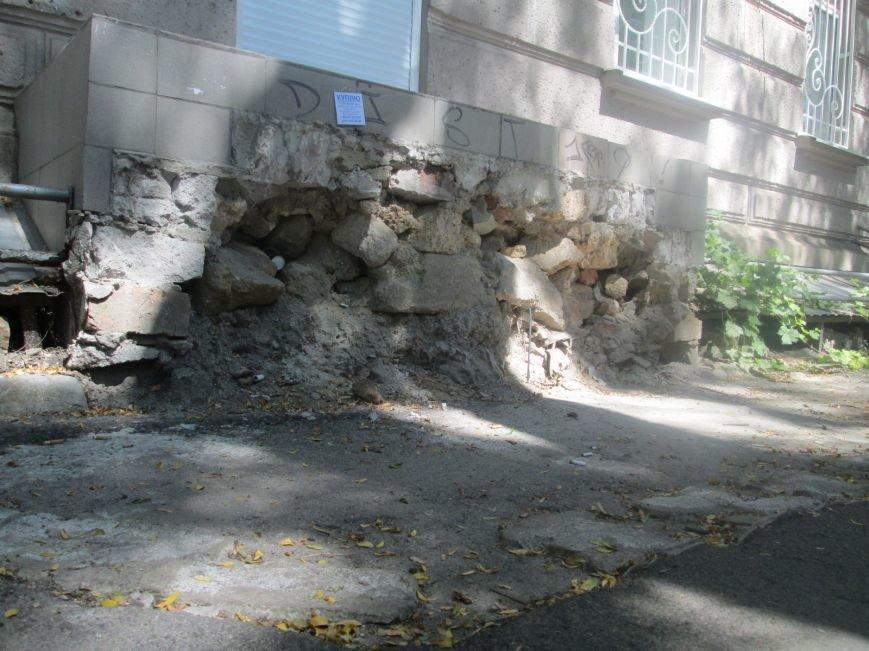 Одесская улица напомнит туристу вид мусорной свалки (ФОТО), фото-3